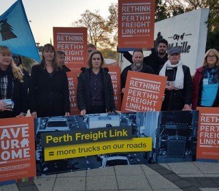 Residents confront Minister over Freight link